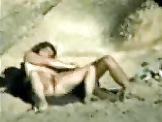 beachsex - caught-at-beach