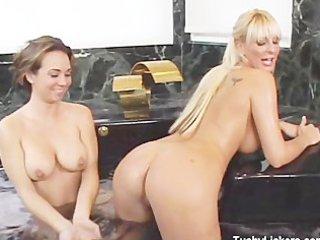 sexy tub gazoo take up with the tongue