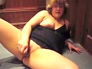 chunky older bitch in nig