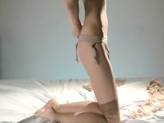 hungry hottie in nylon jerking off ding-dong