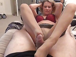 mom gives hose foot job d010