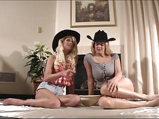 lisa and samantha double gazoo fisting