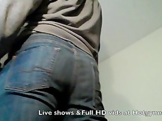 jeans cum from muscle stud!