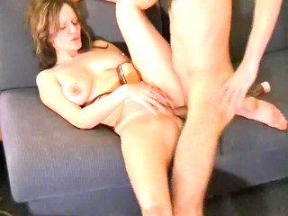 buxom gf lets me fuck her in the arse