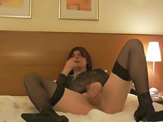 smokin in hotel room