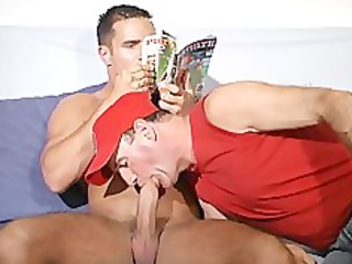 st5 latino bodybuilder with huge cock.