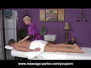 ash hollywood massage and tongue ring oral-service