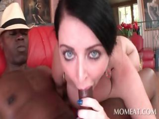 curvy dark brown bitch engulfing and fucking