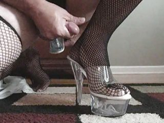 jerkin off and cumming with high heel in my ass!