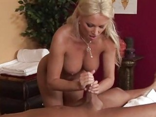 massage parlor visit turns into a sexy engulfing