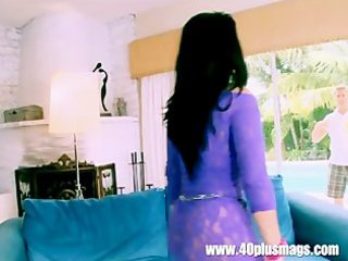 super lustful housewife mia