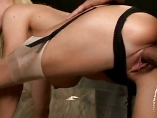 lascivious momma holly sampson slammed in the