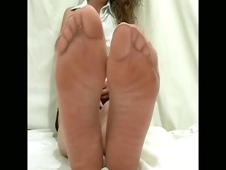 priceless angel with nylon feet