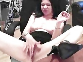 precious looking aged lady pleasures her juicy