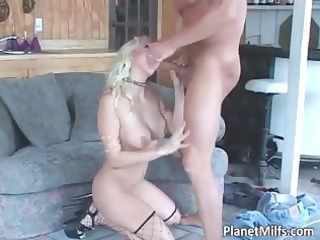 blond sexually excited d like to fuck getting