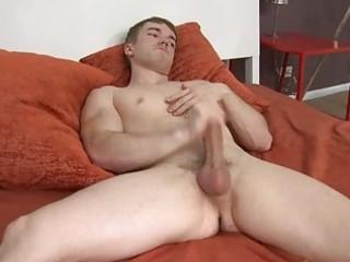 homosexual dude jerking off in the bedroom
