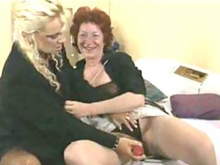lesbiennes mamy aime older older porn granny old