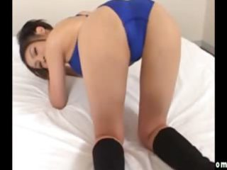 asian doxy shows what she is got in her bathing