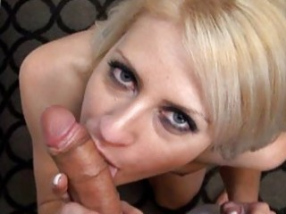 large tit blond d like to fuck fucking a dong