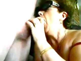 old lady receives an oral-job creampie