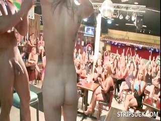blondie fucking stripper at sexparty