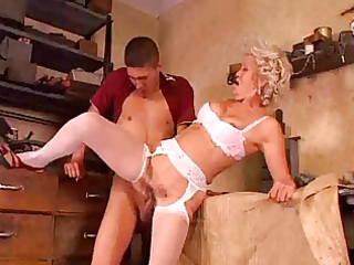 granny t live without anal