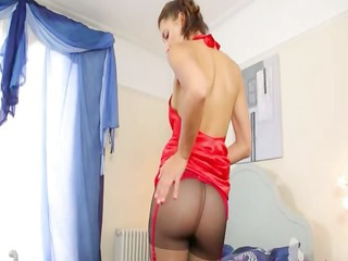 do love this red nylons ultra hawt