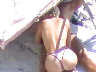 hot blond beach bj spycamed