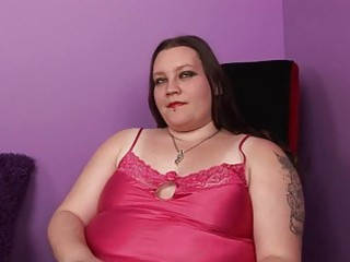 pale obese momma with tattooes and piercings