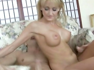 hottest mother i josilyn shows off her top sex