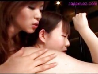 oriental beauty getting and squirting enema