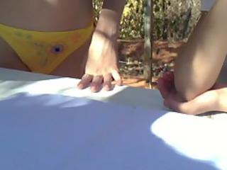 little hotty show her bikini