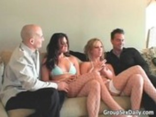 foursome group sex with sexy ravishing