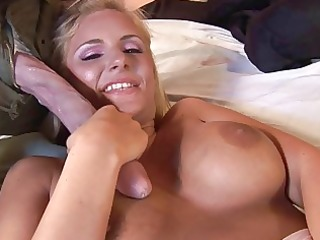 cute blond d like to fuck does oral pleasure and