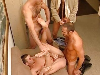 cops getting a oral pleasure act from a prisoner